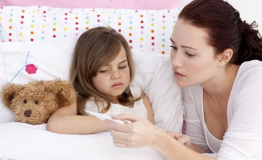 Больничный для приемных родителей