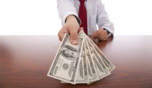 Влияние квалификации на размер зарплаты