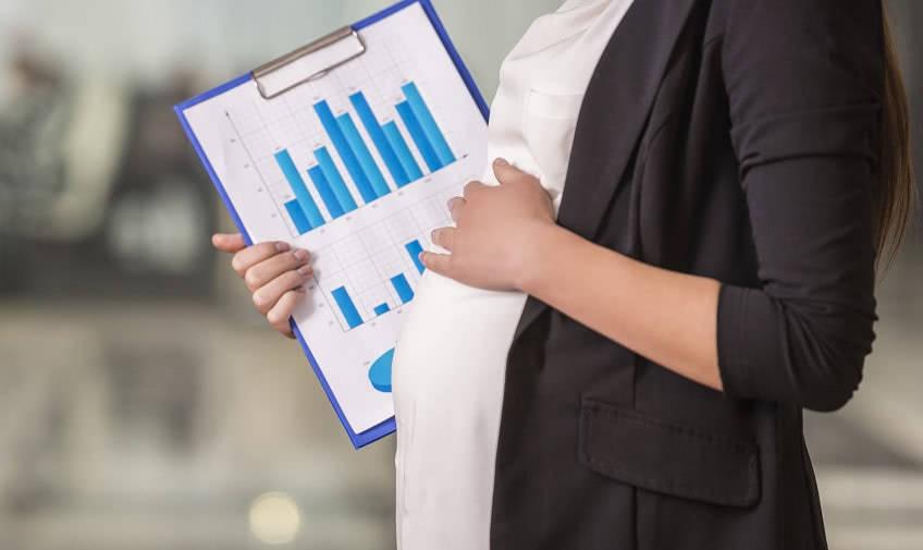 Что нужно для больничного по беременности и родам