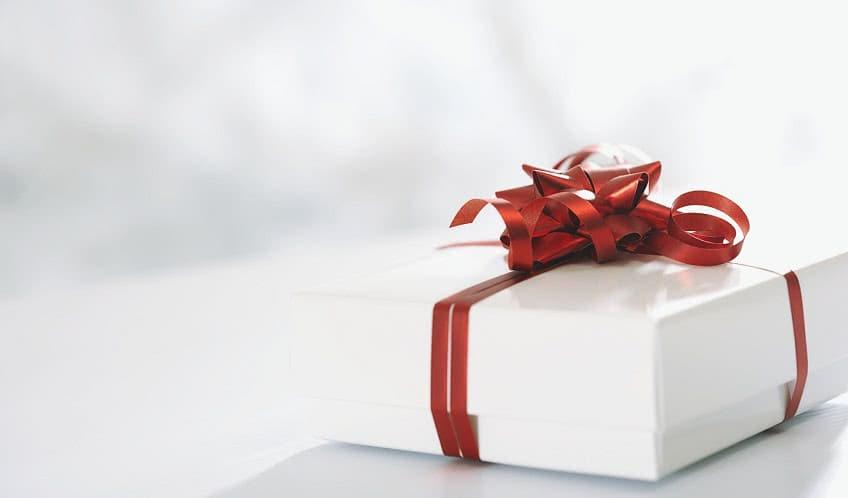 Оформляем подарок правильно