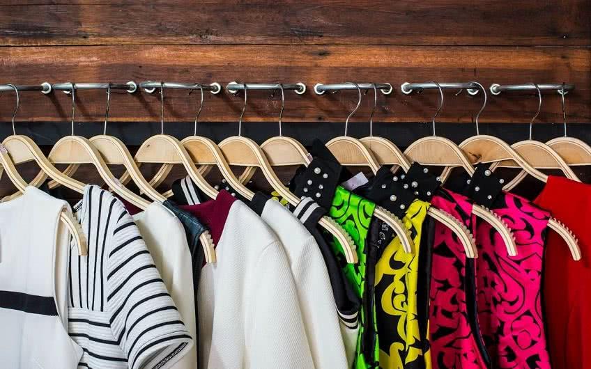 Как начать бизнес по продаже одежды