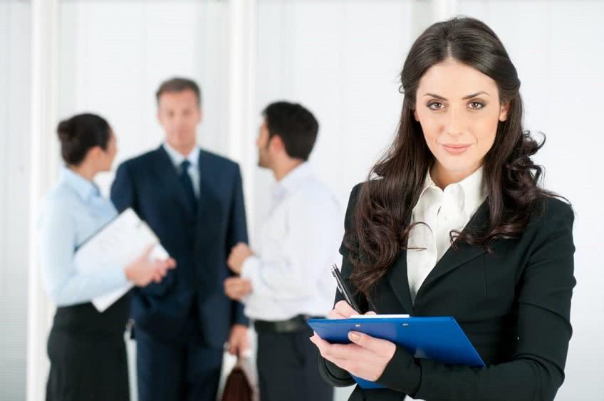 Профессиональные качества руководителя кадровой службы