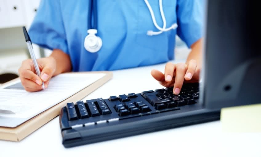 Что входит в состав больничных выплат