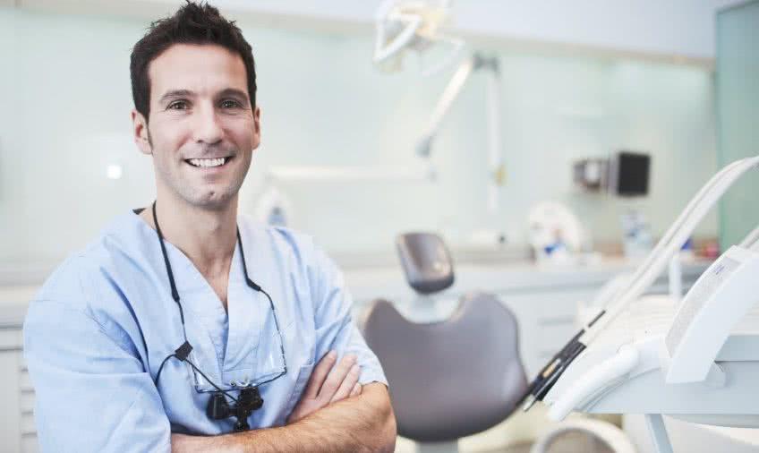 Открытие стоматологического кабинета и вычисление затрат