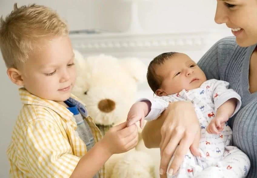 Выплаты на второго и третьего ребенка