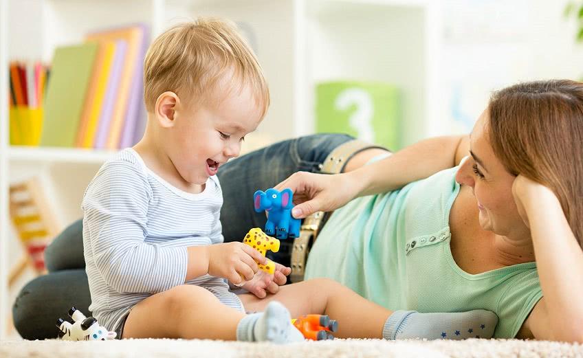 Выплаты на ребенка до трех лет