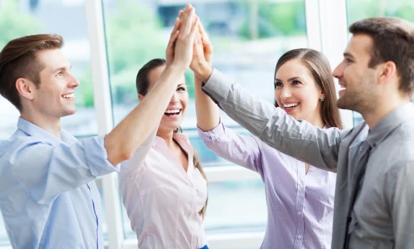 Роль дружеской атмосферы в коллективе