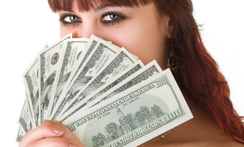 Как быстро заработать деньги на халяву