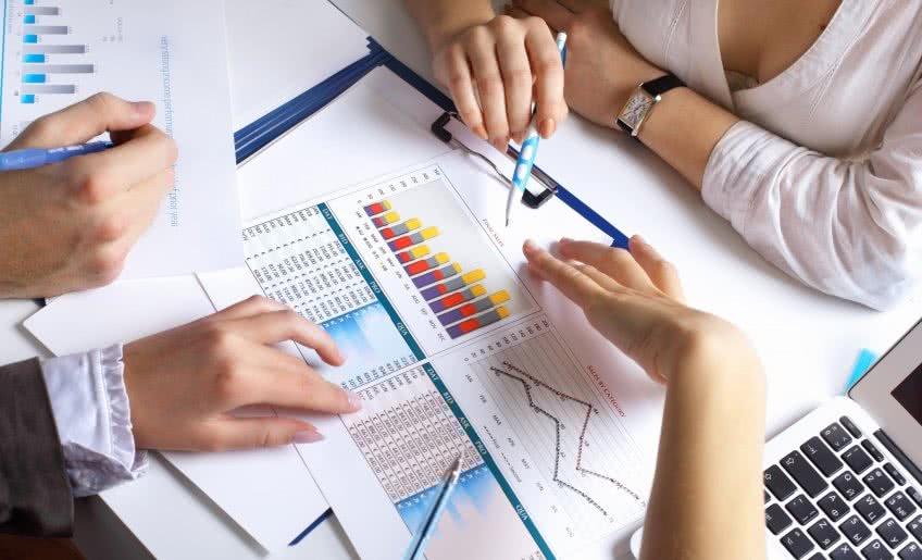Из каких форм состоит годовая бухгалтерская отчетность?