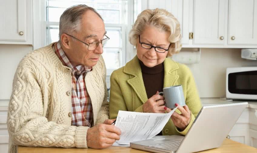 Облагаются ли пенсионеры налогми?