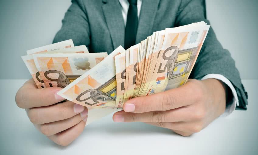 как можно срочно заработать деньгиренессанс проверка кредита