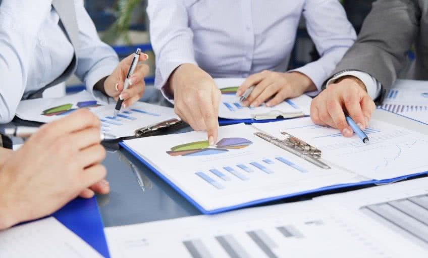 Что происходит на третем этапе анализа бухгалтерского баланса