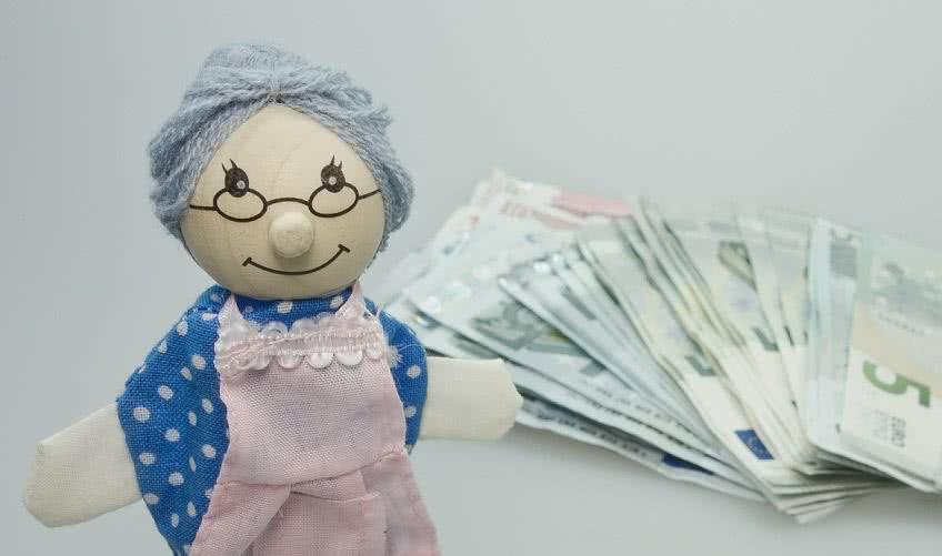 Как происходит выплата накопительной части пенсии