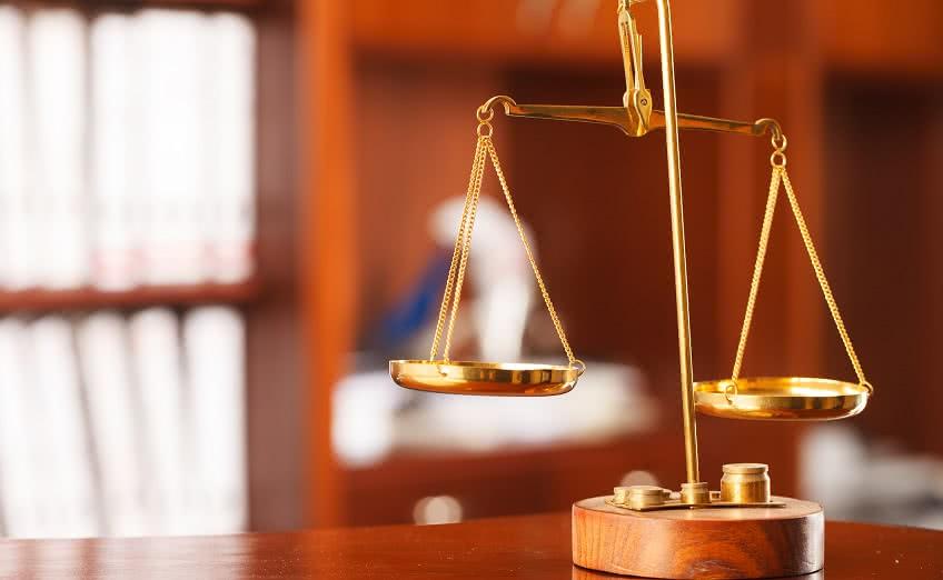 Невыдача трудовой - обращение в суд