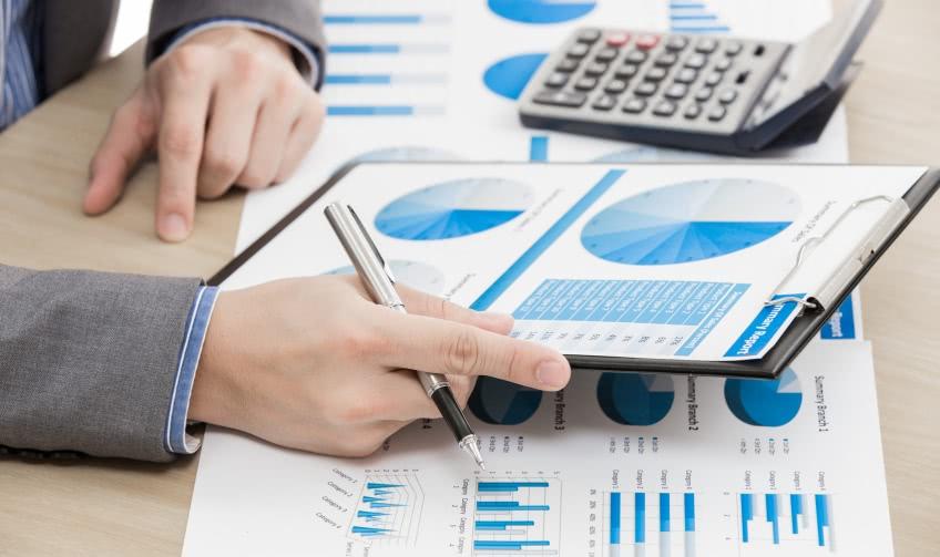 Как оформляют ффинансовую отчетность?